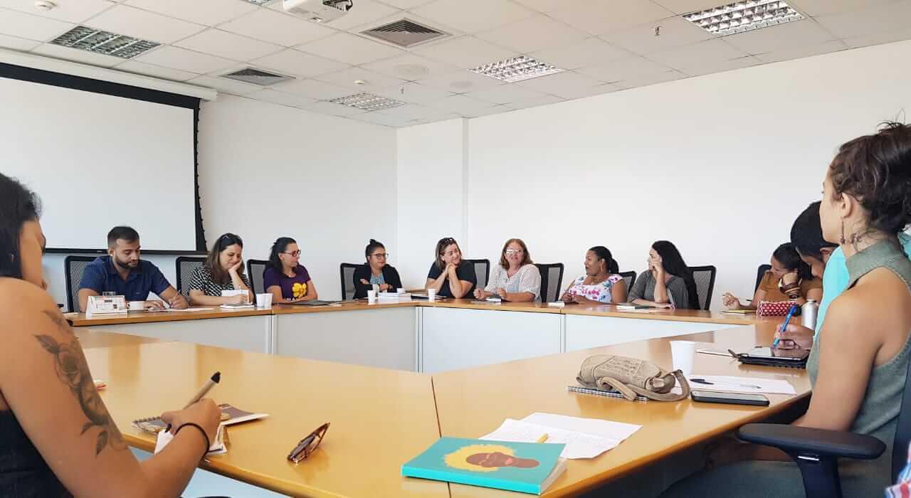 Fábio Felix recebe sociedade civil para conversa sobre proteção de direitos