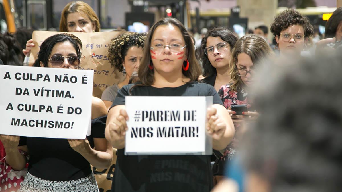 Basta de feminicídio!