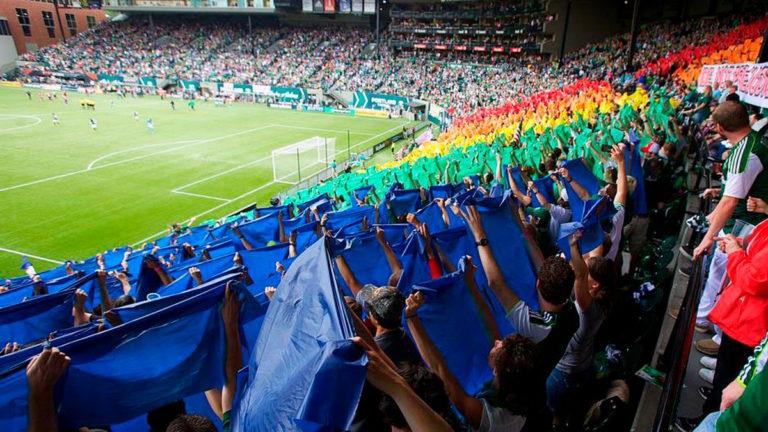 Por um futebol sem homofobia