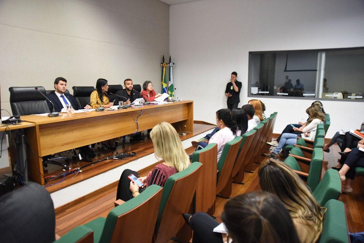 Primeiras ações da CPI do feminicídio são definidas