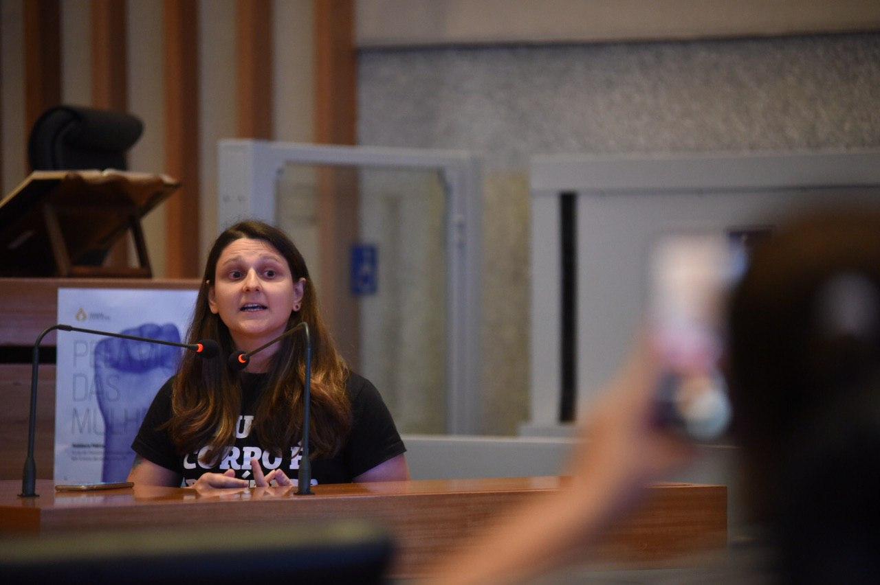 Especialistas participam da 1ª audiência pública da CPI do Feminicídio