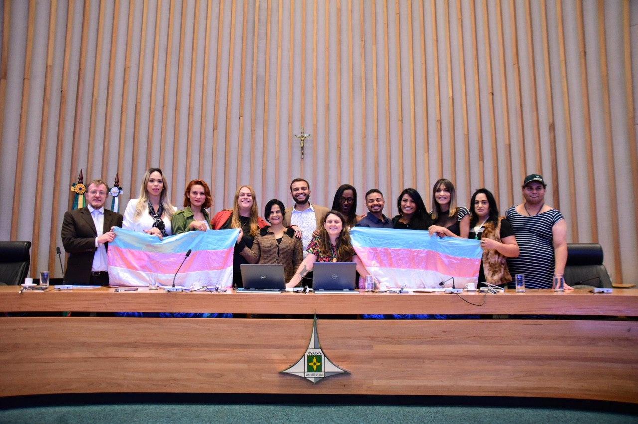 Segurança da população trans em pauta na CLDF