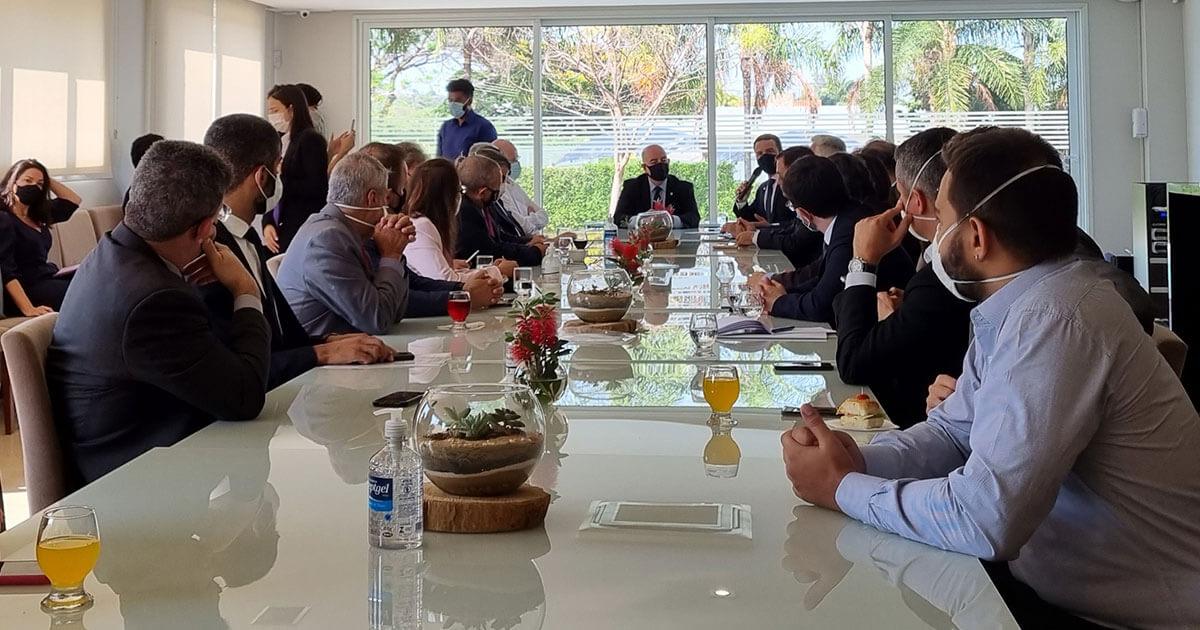 Fábio participa de reunião para traçar estratégias contra a PEC32